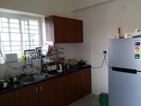 12J7U00276: Kitchen 1