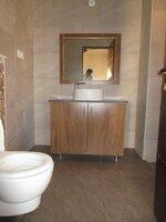15M3U00337: Bathroom 3