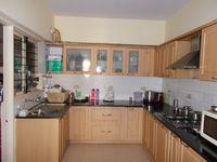 12F2U00129: Kitchen 1