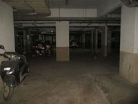 12DCU00131: parking 1
