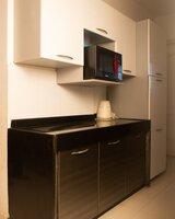 15J7U00147: Kitchen 1