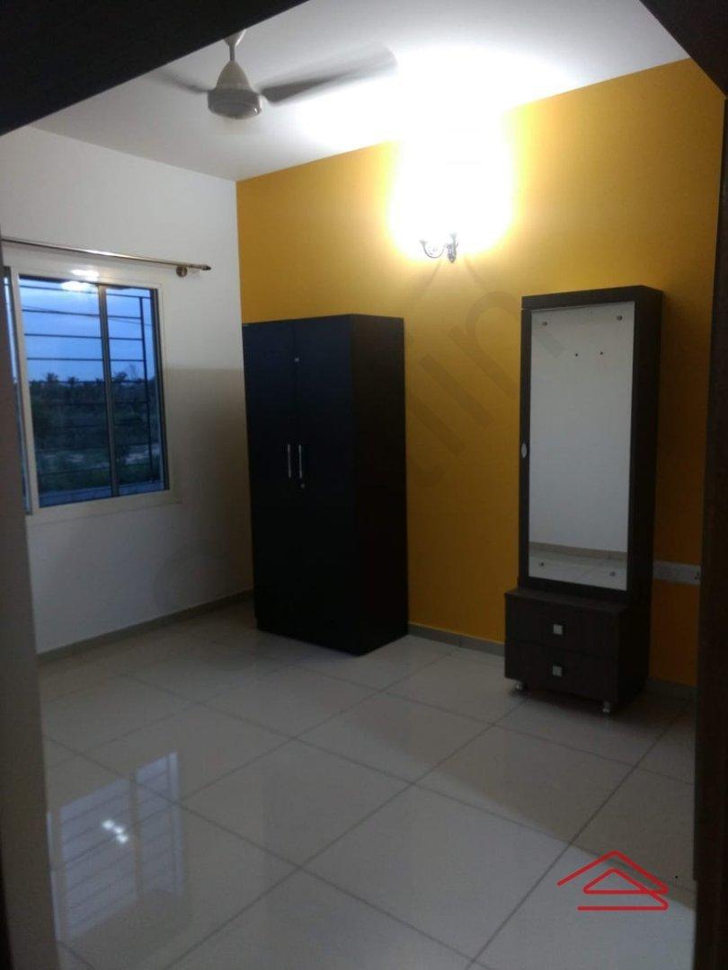 13OAU00112: Bedroom 1