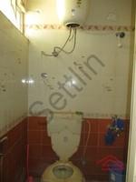 10DCU00408: Bathroom 3