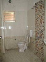 14OAU00080: Bathroom 2