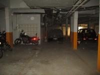11J6U00017: parking