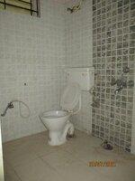 15J7U00383: Bathroom 1