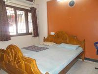 12J6U00280: Bedroom 1