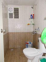 13F2U00129: Bathroom 2