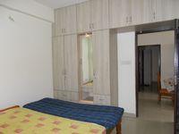 10M5U00142: Bedroom 2