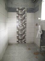 15M3U00338: Bathroom 1