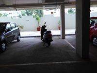 10A4U00157: parking