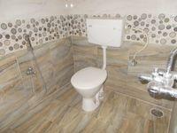 13A4U00005: Bathroom 1