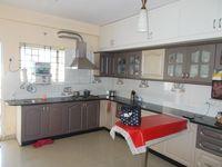 13J1U00098: Kitchen 1