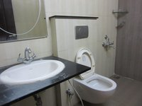 13OAU00100: Bathroom 2