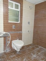 14J6U00204: Bathroom 1