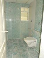 14J6U00204: Bathroom 2