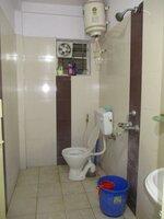 15J6U00036: Bathroom 2