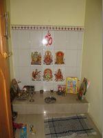 10F2U00156: Pooja Room