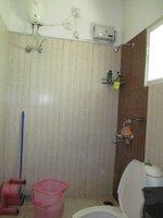 15S9U00928: Bathroom 1