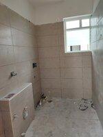 15J1U00537: Bathroom 2