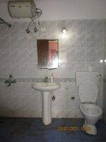 15J7U00317: Bathroom 2