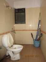 15J7U00317: Bathroom 3