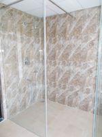 13M5U00713: Bathroom 2