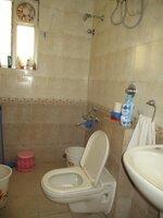 15A4U00207: Bathroom 2