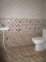 15A4U00253: Bathroom 2
