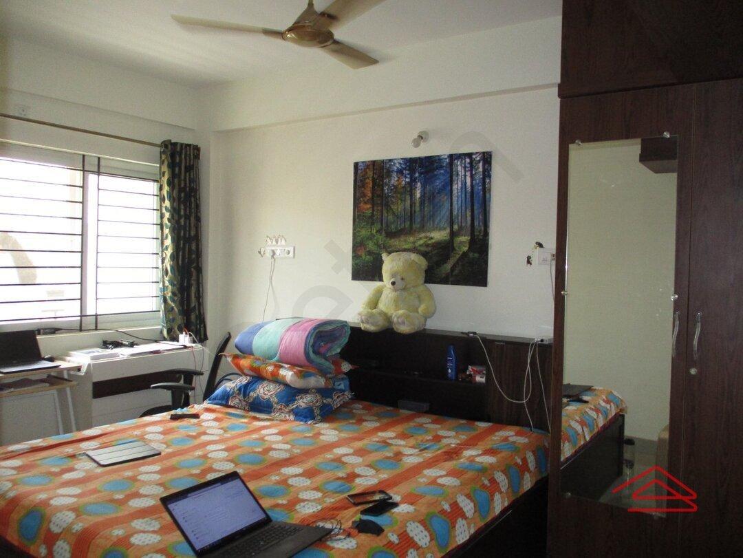 15J7U00046: Bedroom 1