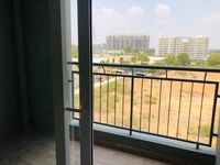 13M5U00044: Balcony 1
