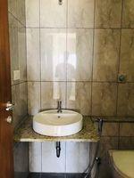 13M5U00044: Bathroom 2