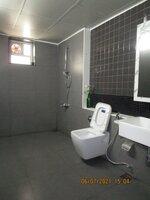 15J7U00015: Bathroom 3