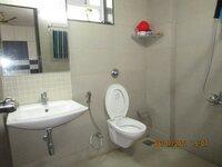 15J7U00015: Bathroom 1
