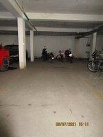 15J7U00015: parkings 1