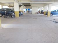 13A4U00130: parking 1