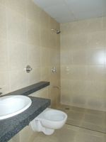 12NBU00138: Bathroom 3