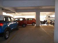 13J1U00094: parking 1