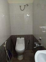 11OAU00115: Bathroom 4