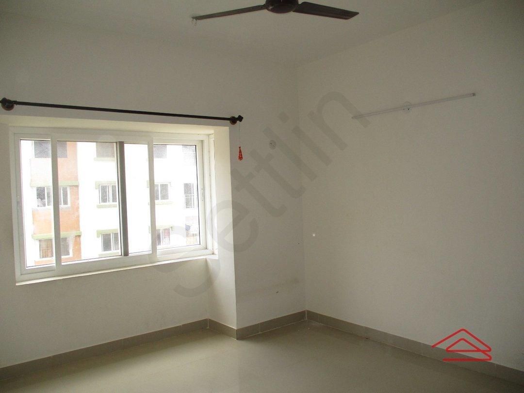 14A4U00989: Bedroom 1