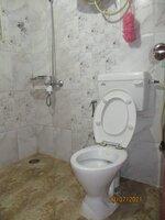 15J7U00272: Bathroom 2
