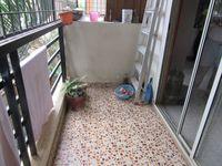 13J7U00050: Balcony 1