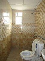 13NBU00163: Bathroom 2