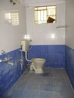 10J7U00250: Bathroom 3