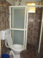 15J1U00355: Bathroom 4