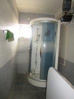 13S9U00077: Bathroom 1