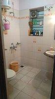14F2U00413: Bathroom 1