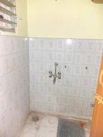 15F2U00244: Bathroom 2