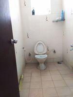 11NBU00368: Bathroom 3