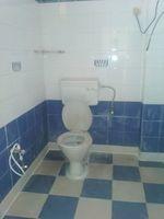 13J6U00041: Bathroom 1